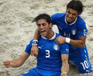 Beach soccer, i viareggini d'Italia regolano ancora l'Inghilterra
