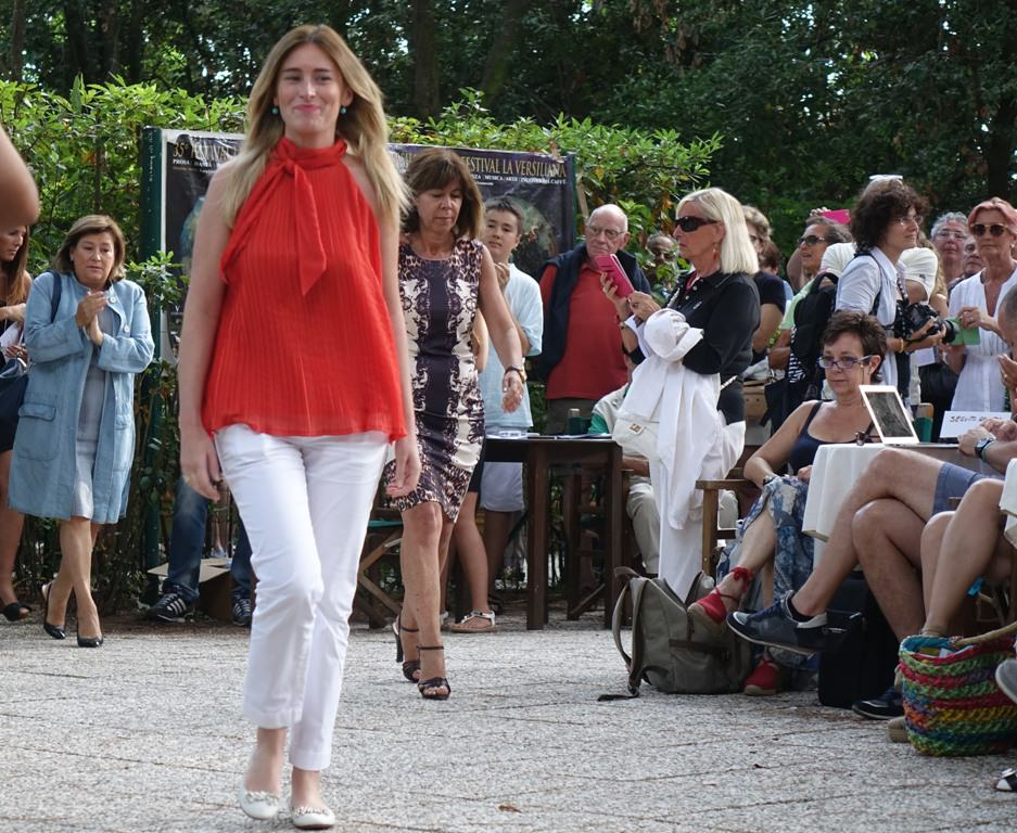 """Fitto: """"La moda dell'estate di FI è organizzare cocktail a Forte dei Marmi con il ministro Boschi"""""""