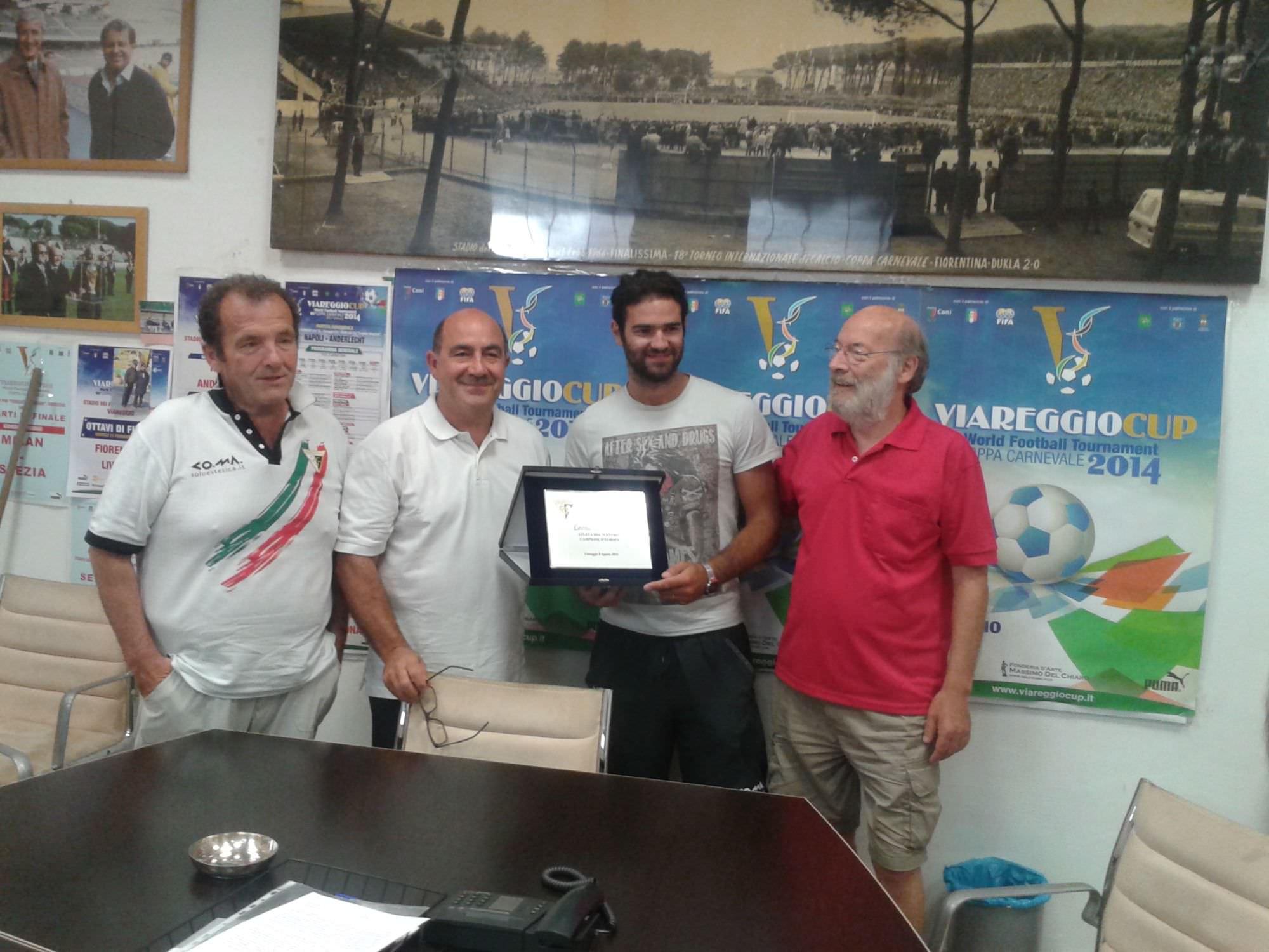 Il Cgc consegna una targa a Barozzi per il trionfo europeo con la Nazionale