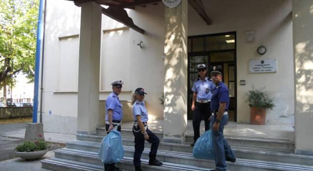 Controlli antiabusivismo, sequestrati più di 300 pezzi contraffatti
