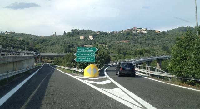 """""""No al pedaggio dell'autostrada tra Massarosa e Viareggio"""""""