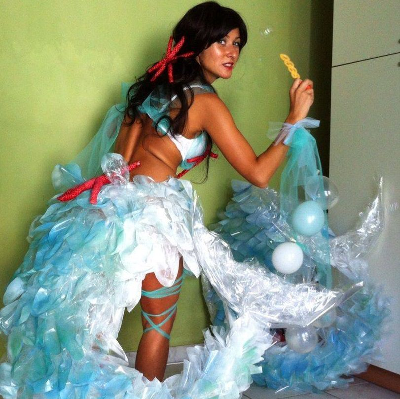 """Sirene, ombrelloni e bagnini, ecco il complesso d'apertura della """"Notte delle Maschere"""""""