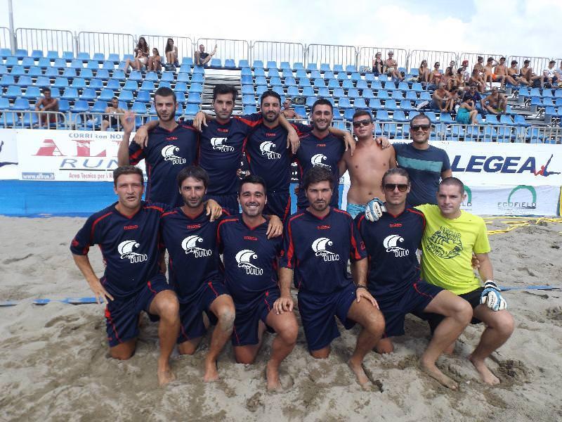 La dinamo noaltri trionfa al da valle beach soccer for Diana polloni
