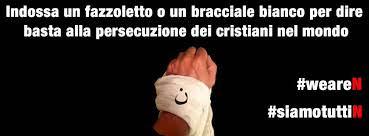 """Manifestazione di Fratelli d'Italia. Fazzoletti e braccialetti bianchi per dire """"Basta alla strage dei cristiani"""""""