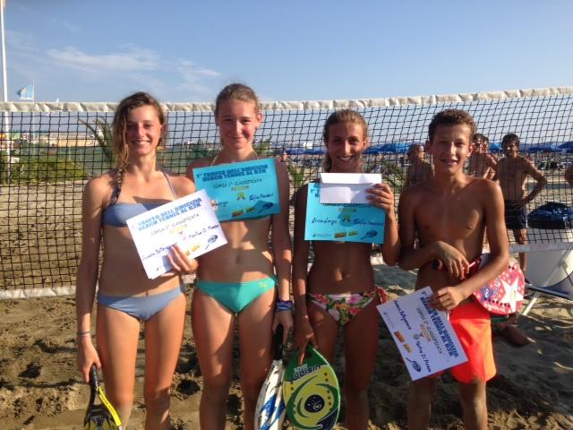 """A Lamberti-Di Marzo il torneo """"dell'amicizia"""" di beach tennis"""