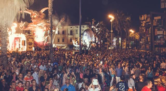 """""""Per fare il salto di qualità al Carnevale di Viareggio serve un responsabile marketing"""""""