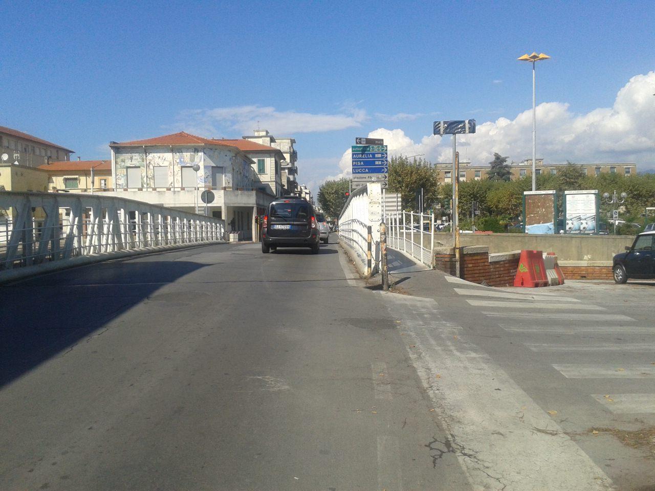 Posticipata la chiusura del ponte girante