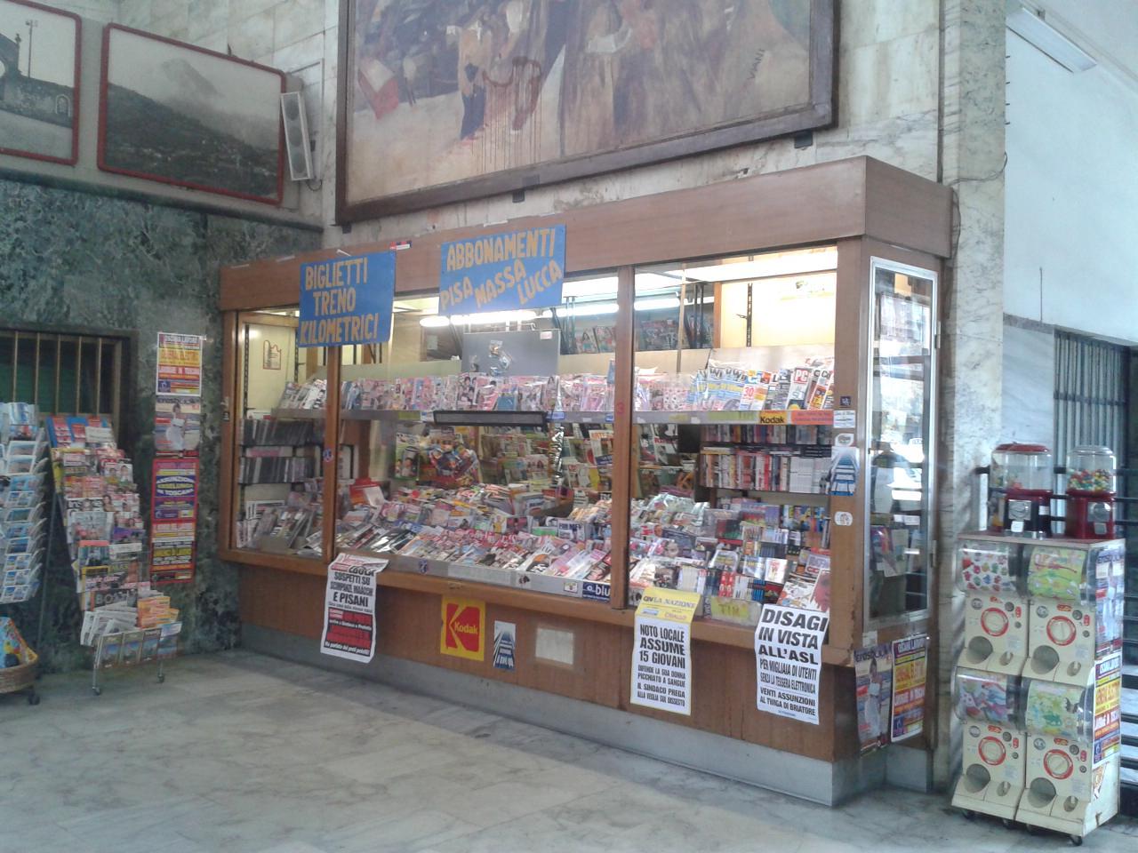 """Rubati mille euro in """"Gratta e vinci"""" all'edicola della stazione di Viareggio"""