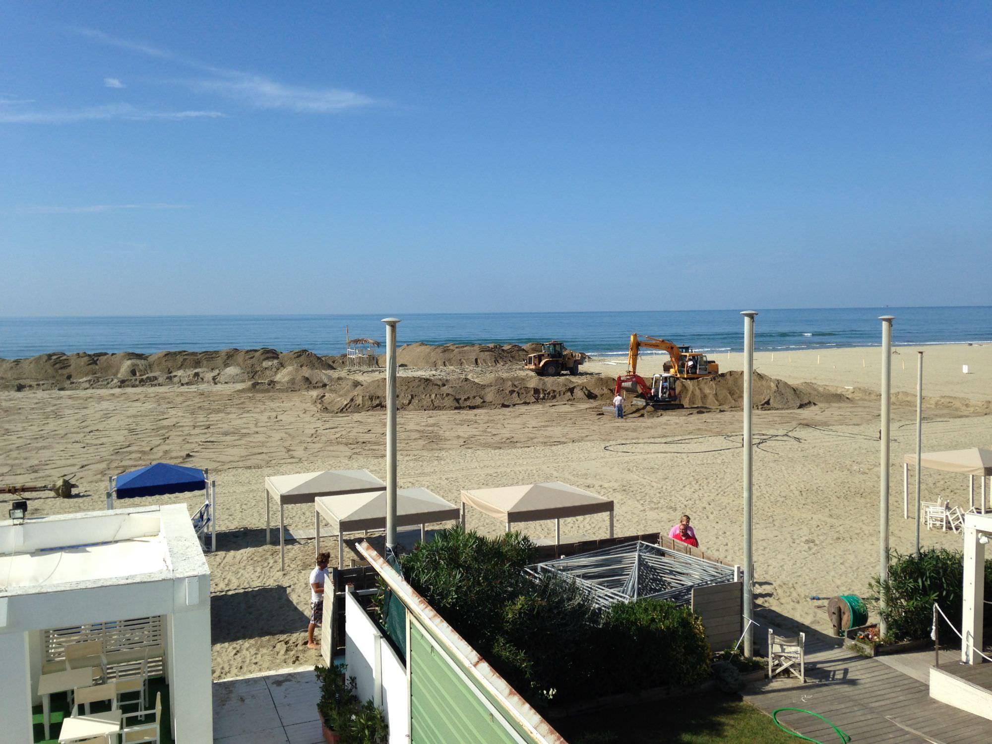 Via ai lavori per il campo di gara della Polo Beach Cup