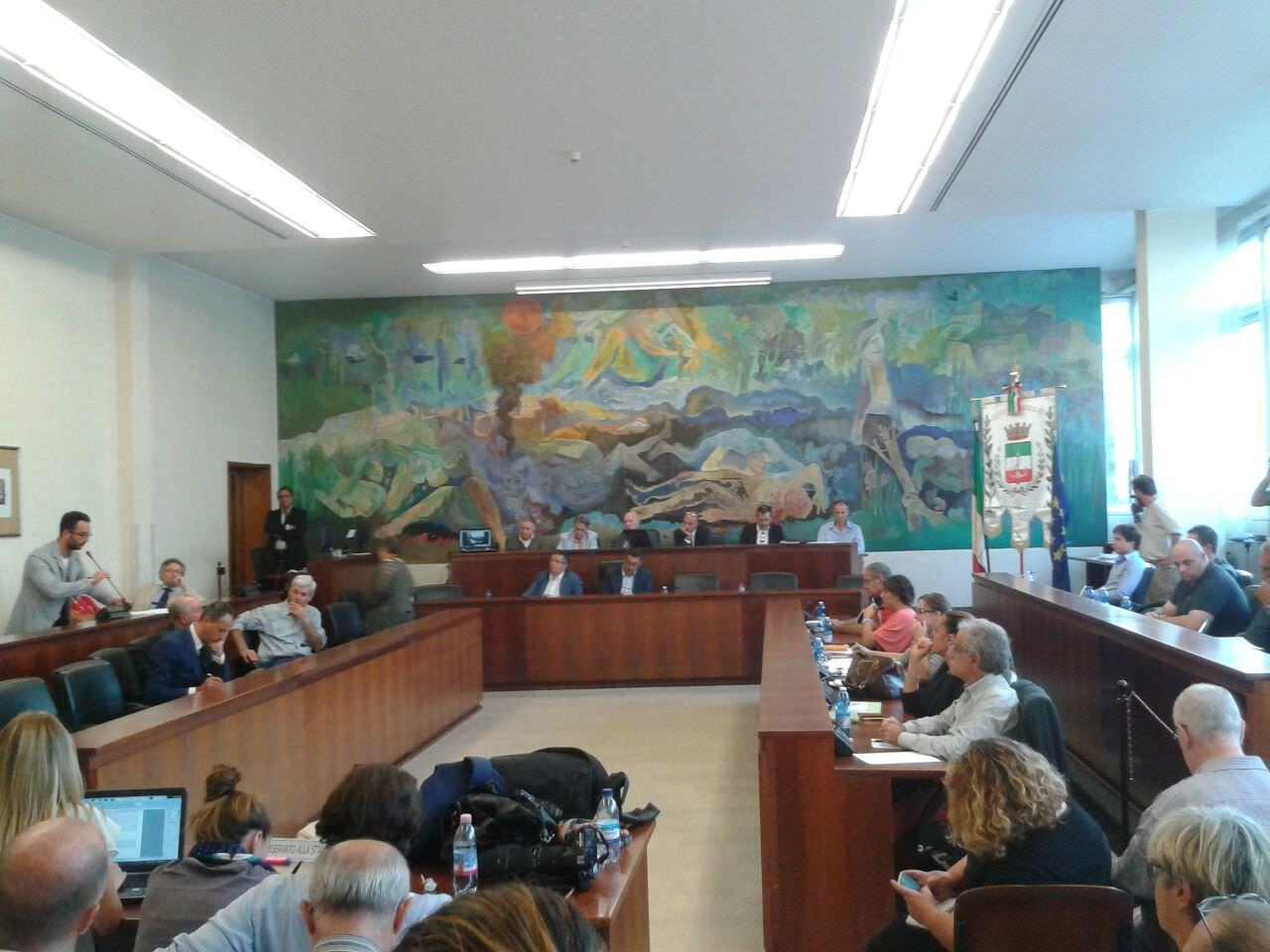 """""""I futuri consiglieri di Viareggio rinuncino al gettone di presenza per sostenere le onlus"""""""