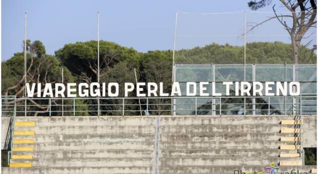 Cgc e Viareggio uniscono le forze, via al restyling della gradinata dello stadio dei Pini