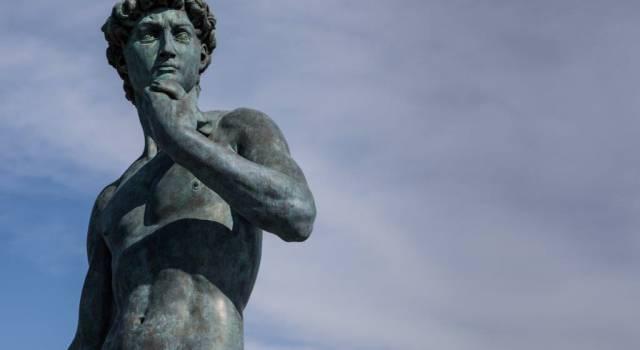 Il David di Michelangelo sul pontile