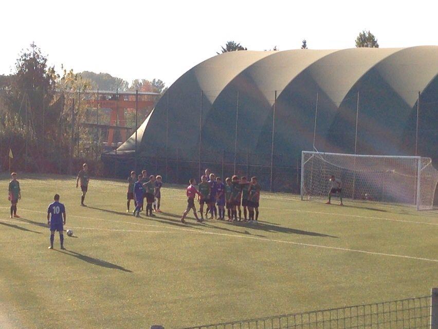 Non basta l'ennesimo gol di Gori su punizione, il Seravezza frena contro il Cenaia