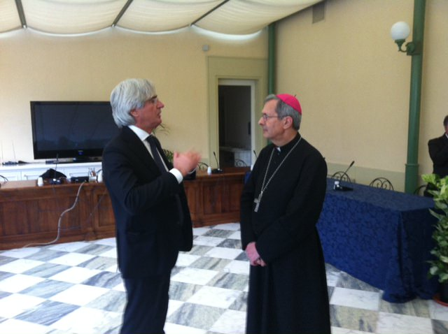 La visita pastorale dell'arcivescovo Benotto a Forte dei Marmi