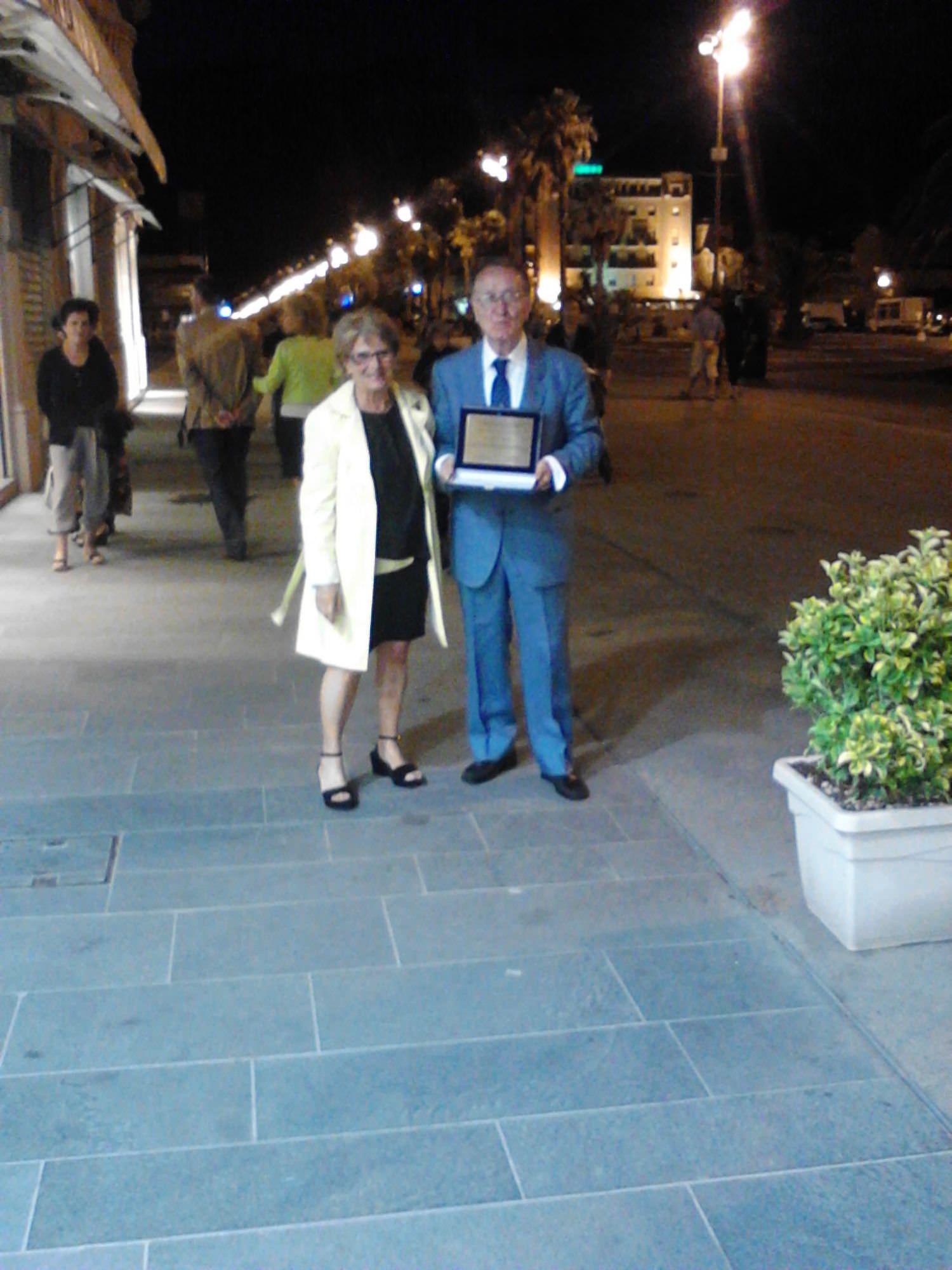 """Scomparsa targa """"Ode a Viareggio"""". Ancora nessuna risposta dal sindaco Del Ghingaro"""