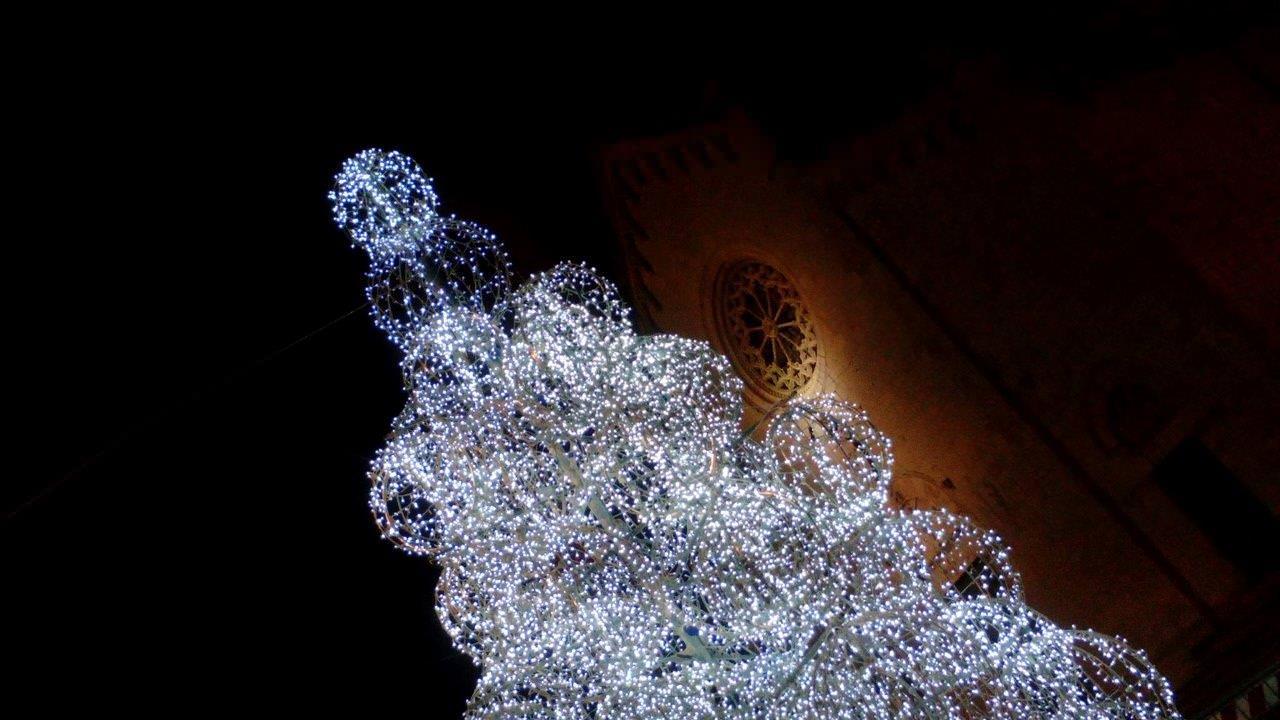 Mostre aperte a Natale e Capodanno. Pietrasanta valorizza i suoi grandi artisti
