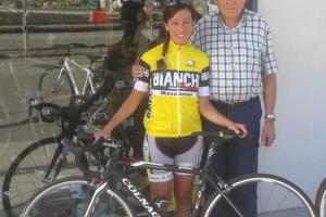 Un reality sul ciclismo, in gara la versiliese Alice Lunardini