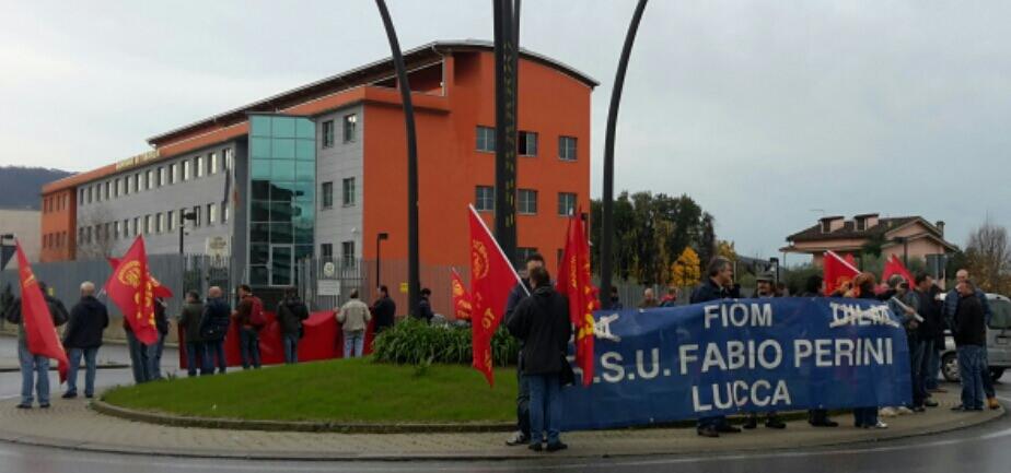 Anche in Versilia presidi dei sindacati contro il Jobs Act del governo Renzi