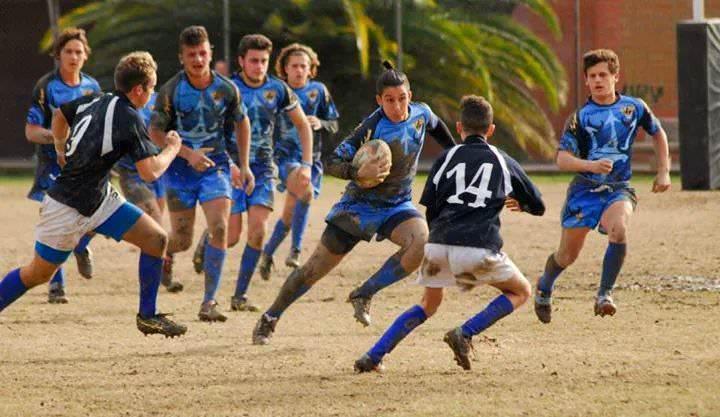 Rissa tra genitori sugli spalti al torneo di rugby under 12