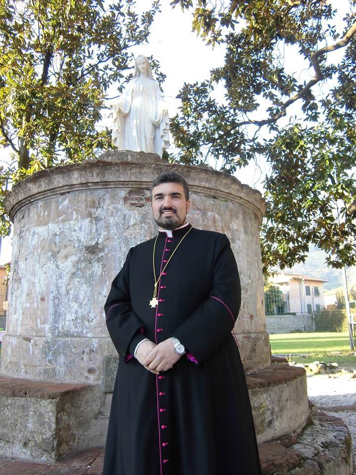 Don Damiano Pacini sbarca su Facebook