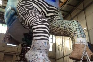 """L'appello dei Fratelli Bonetti per salvare gli elefanti. """"Oro Bianco"""" al Carnevale di Viareggio 2015"""