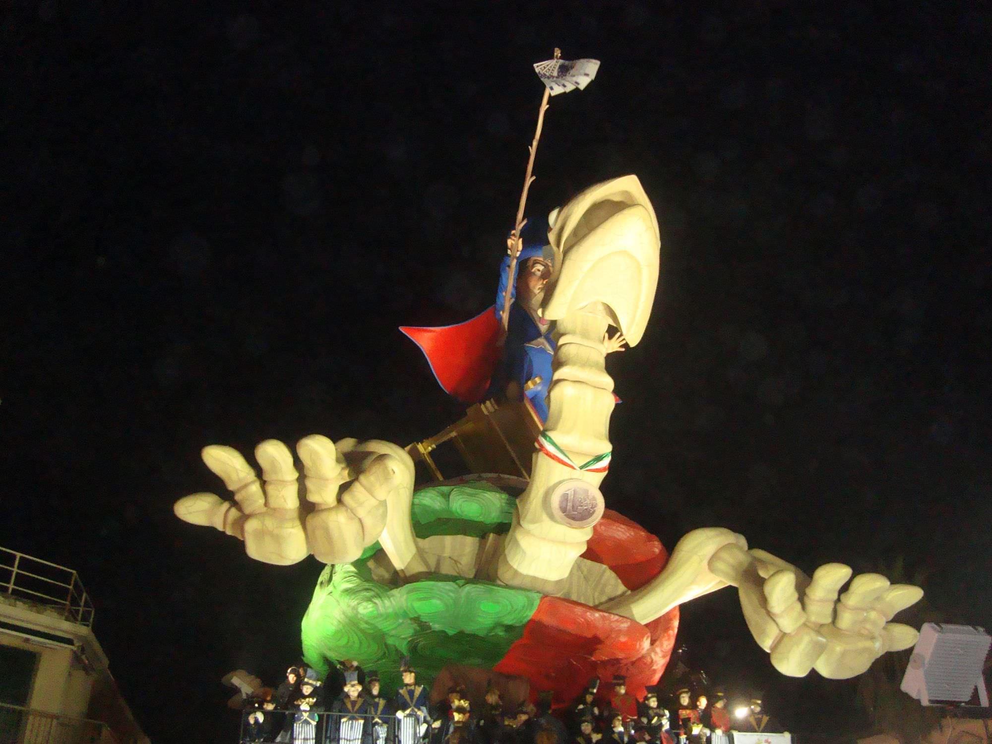 Carnevale estivo 2015, niente sfilata per i carri di Avanzini e Lebigre-Roger