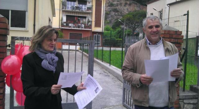 Insegnanti in piazza contro la nuova scuola di Renzi