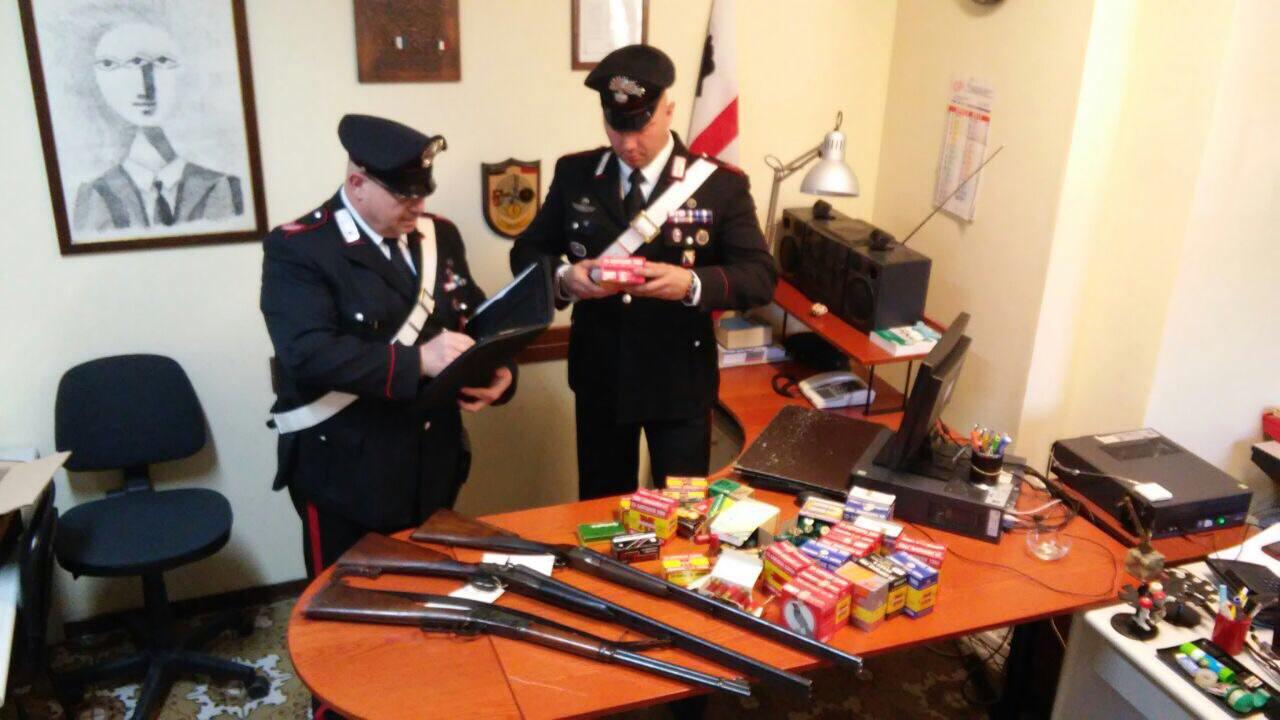 2020 munizioni, una carabina e un fucile. Denunciati tre camaioresi per detenzione abusiva di armi da sparo