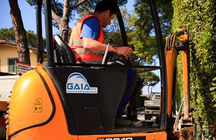 Gaia, lavori in corso sulla rete fognaria in Versilia e a Massa