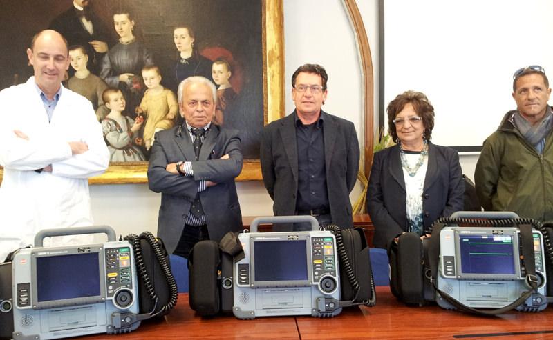 Donati alla Centrale 118 tre sofisticati defibrillatori
