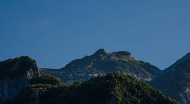 Rischio frane, chiusa la ferrata sul monte Procinto