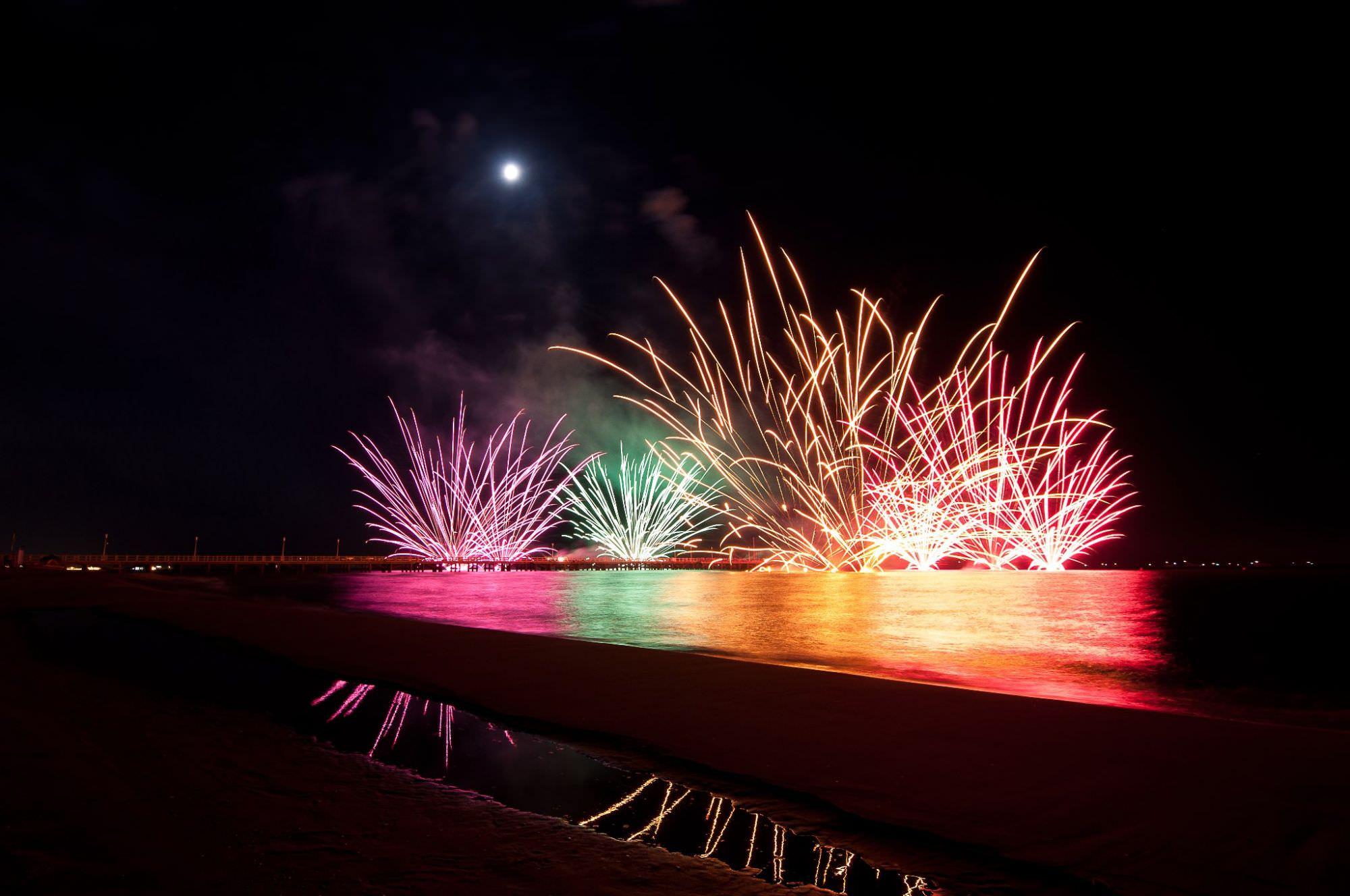 Forte dei Marmi e il Festival… con il botto. Fuochi d'Artificio dal Mondo