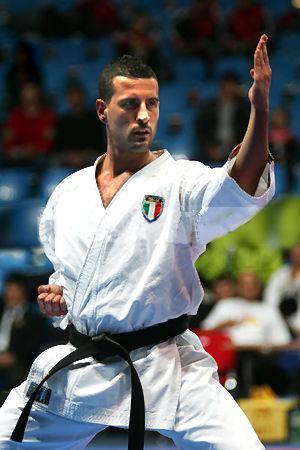 La nazionale di karate del ct viareggino Yuri Gasperini si prepara per i Mondiali