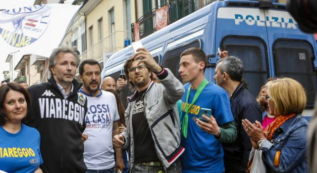 """""""Un Paese che deve fare i conti con Salvini… Che vergogna"""""""