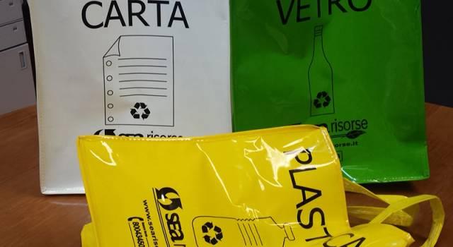 Raccolta dei rifiuti, parte il nuovo servizio misto prossimità e porta-a-porta nei paesi della montagna