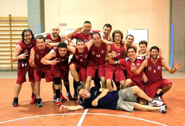 La Pallacanestro Forte dei Marmi trionfa nel Campionato di I Divisione