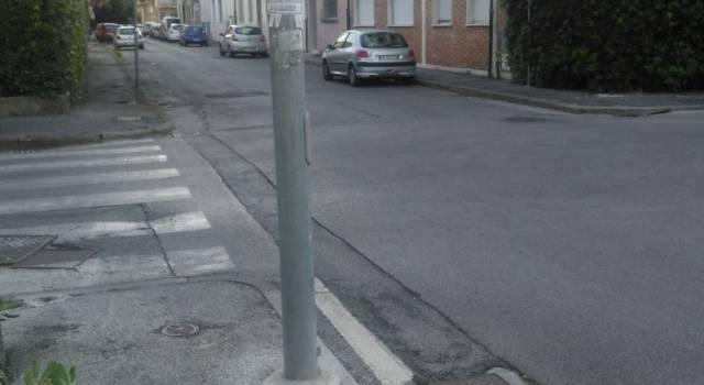 Incrocio pericoloso tra via Maroncelli e via Venezia