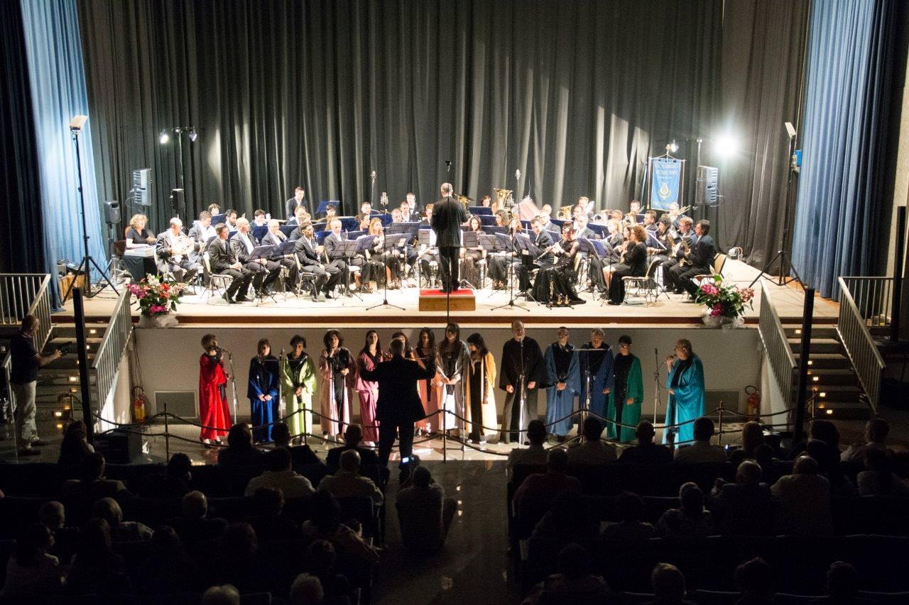 Successo a La Maddalena per la Filarmonica di Capezzano Monte