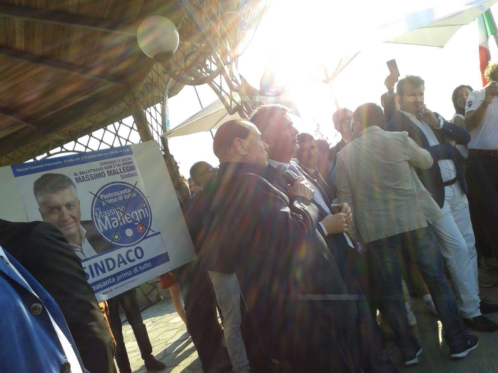 Elezioni 2015. Arrivano i complimenti di Berlusconi per la vittoria di Massimo Mallegni