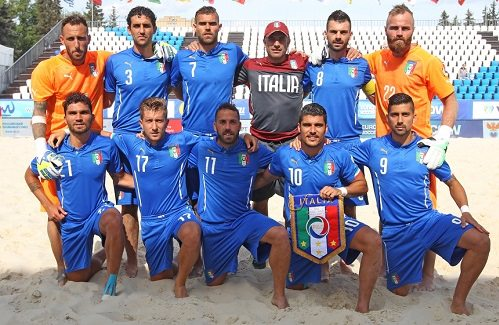 """""""Del Ghingaro conferisca un riconoscimento ai cinque viareggini del beach soccer"""""""