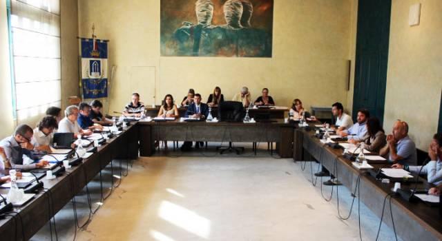 Pietrasanta, Consiglio Comunale Su Bilancio Di Previsione, Tari E Piano Alienazione