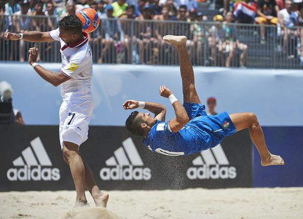 Mondiali di beach soccer, Italia in testa al girone B con la Svizzera