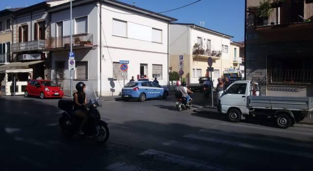 Viareggio: Violenta rissa in pieno giorno in Darsena, due feriti