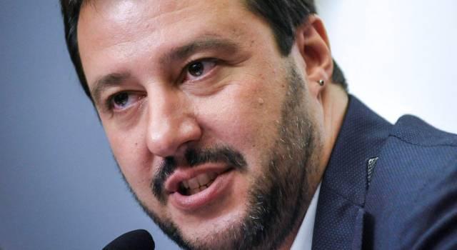 Matteo Salvini e Susanna Ceccardi in Piazza Campioni a Viareggio