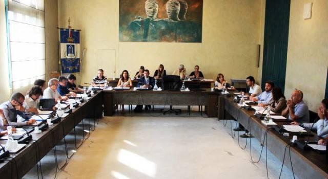 A Pietrasanta consiglio comunale su bilancio di previsione, Tari e piano di alienazione
