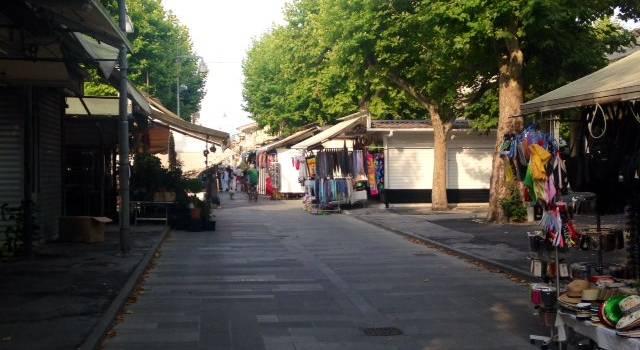 Spazzamento delle strade, cambia l'orario nella zona del Piazzone