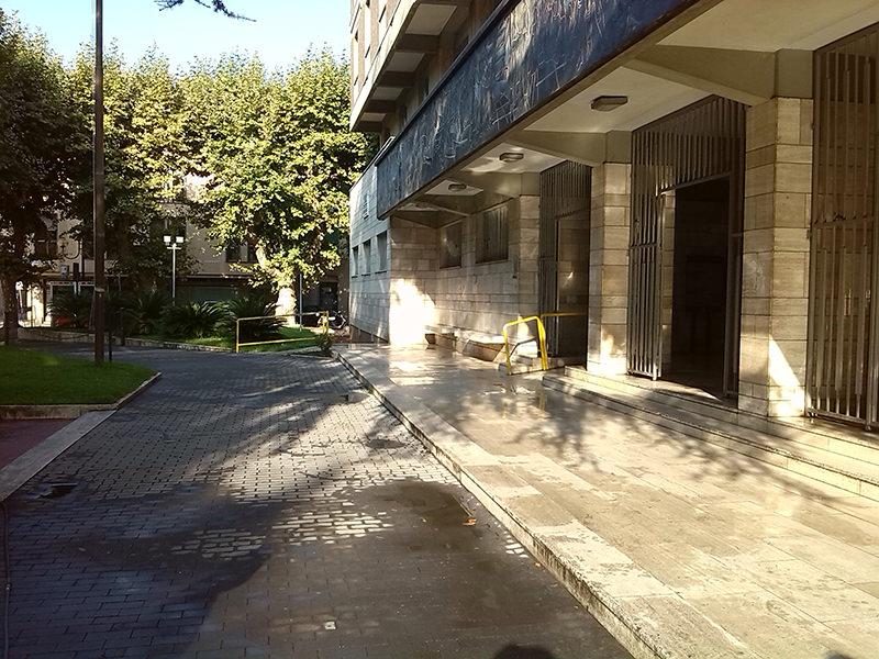 """Parco sigillato, risponde il Comune: """"Chiavi a soggetti non autorizzati che ci entravano anche coi cani"""""""