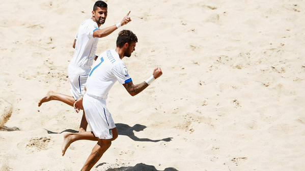 Vittoria e qualificazione ai quarti: l'Italia vola ai Mondiali di beach soccer