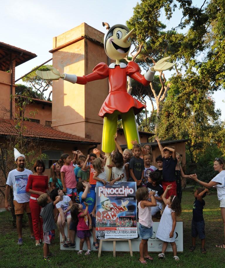 Al parco della Versiliana il Pinocchio di Luca Bertozzi