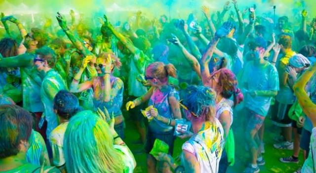 La corsa più colorata dell'estate a Lido di Camaiore